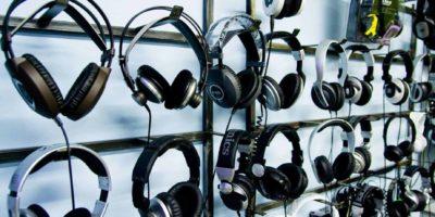 Os 9 Melhores Fones de Ouvido em 2020 (Apple, JBL, Corsair e mais)