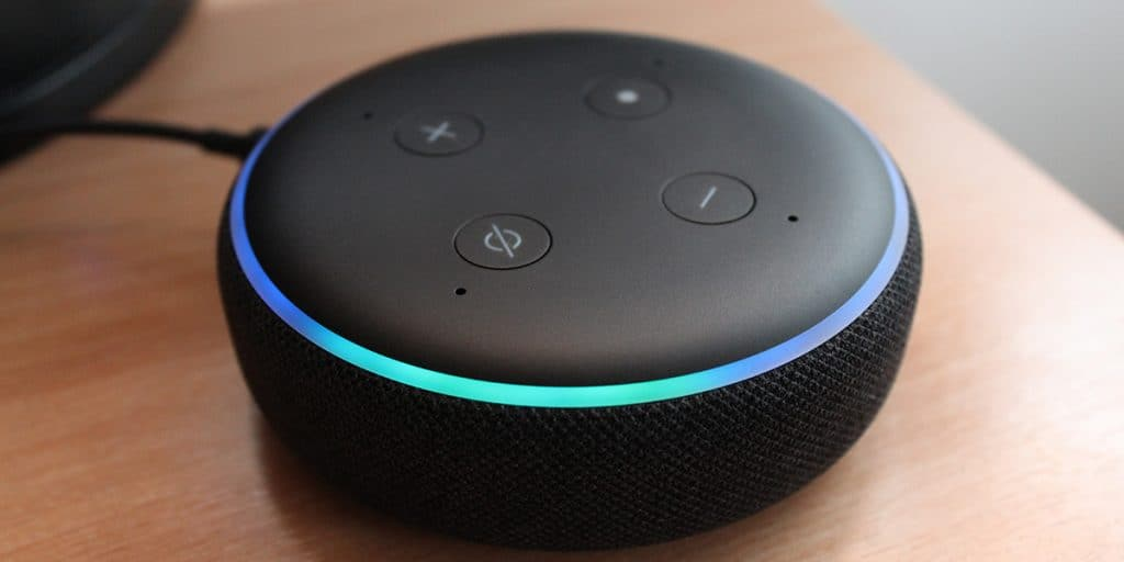Caixa de Som Bluetooth Inteligente com Alexa