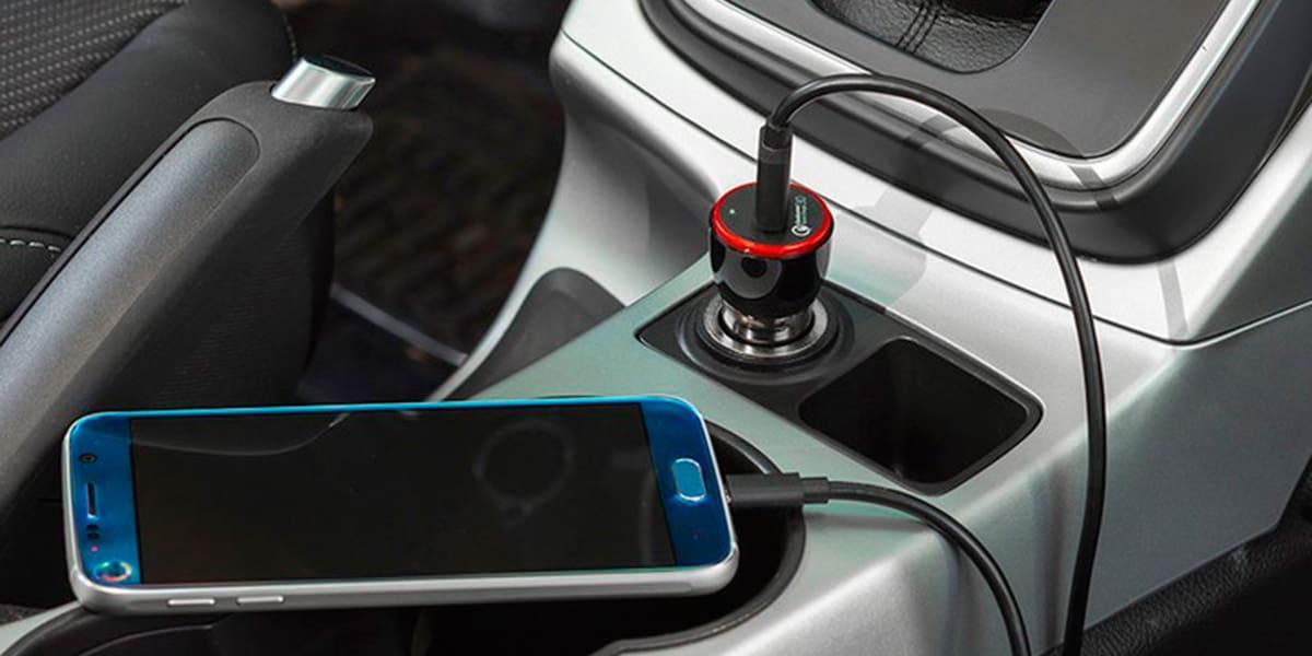 Melhor Carregador USB para Usar no Carro